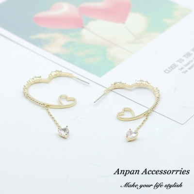 【ANPAN愛扮】韓東大門邱比特微鑲鑽石愛心圈925銀耳針式耳環