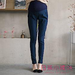日系小媽咪孕婦裝-孕婦褲~口袋排釦裝飾修身長褲 M-XXL (共二色)