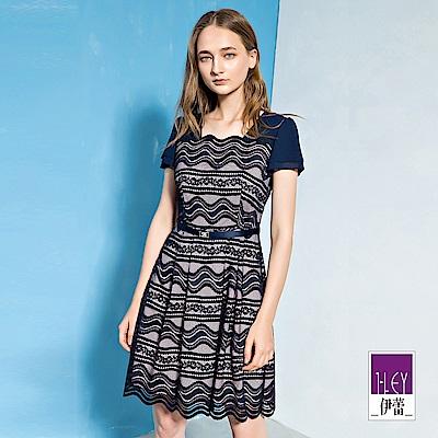 ILEY伊蕾 荷葉蓋袖縷空蕾絲配色洋裝(藍)