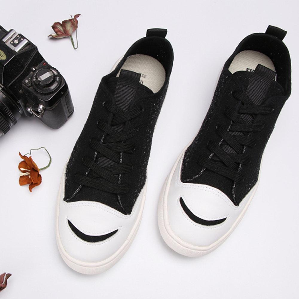 BuyGlasses 微笑透氣花紋休閒鞋-黑