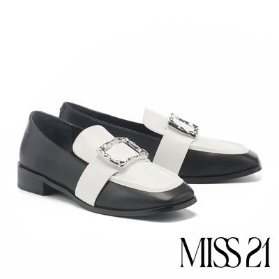 低跟鞋 MISS 21 精緻復古撞色不規則大方釦樂福低跟鞋-黑白