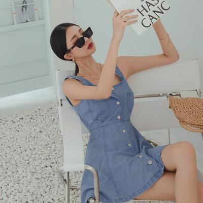 AIR SPACE LADY 時髦排釦A字牛仔短洋裝(藍)