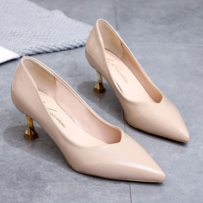 KEITH-WILL時尚鞋館 搶鮮購英倫素面尖頭細跟鞋-米