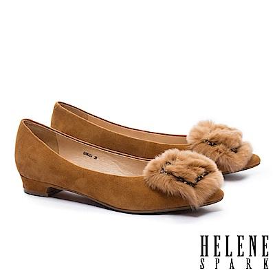 低跟鞋 HELENE SPARK 華麗獺兔毛方鑽飾羊麂皮尖頭低跟鞋-咖
