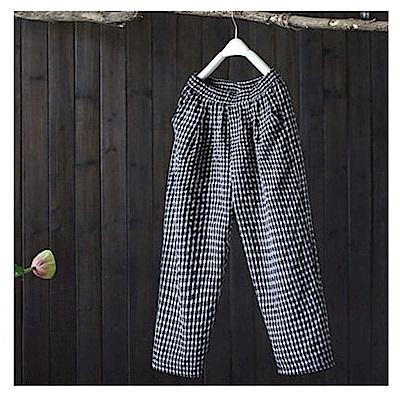 寬鬆棉麻格子休閒哈倫九分褲-設計所在
