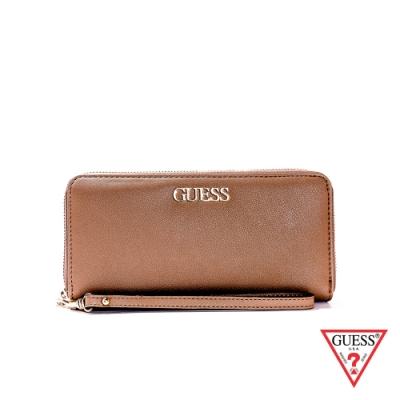 GUESS-女夾-簡約時尚金屬LOGO長夾-淺棕