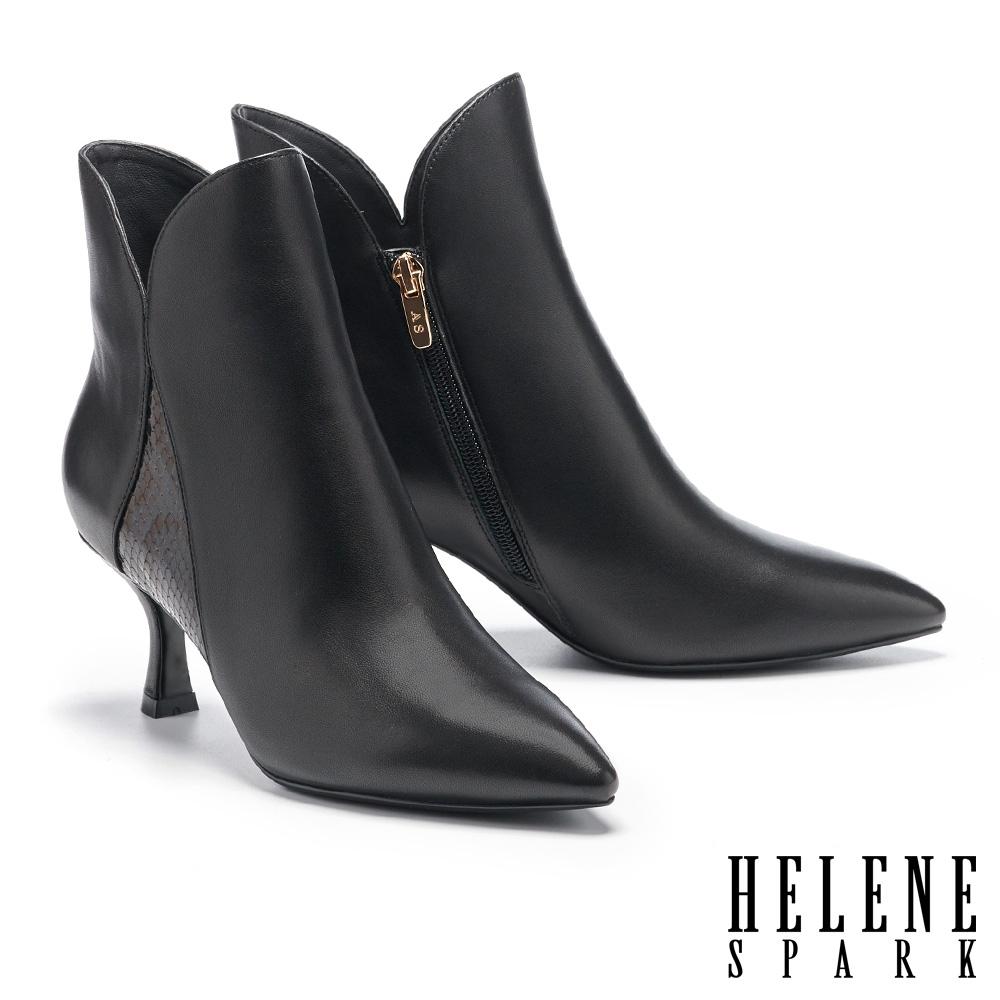 短靴 HELENE SPARK 摩登時髦蛇紋拼接高跟短靴-黑