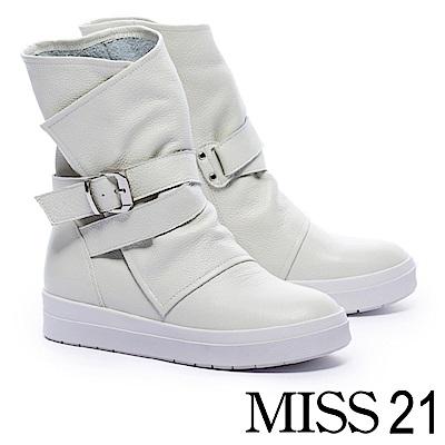 短靴 MISS 21 中性魅力釦帶裝飾全真皮厚底中筒短靴-白