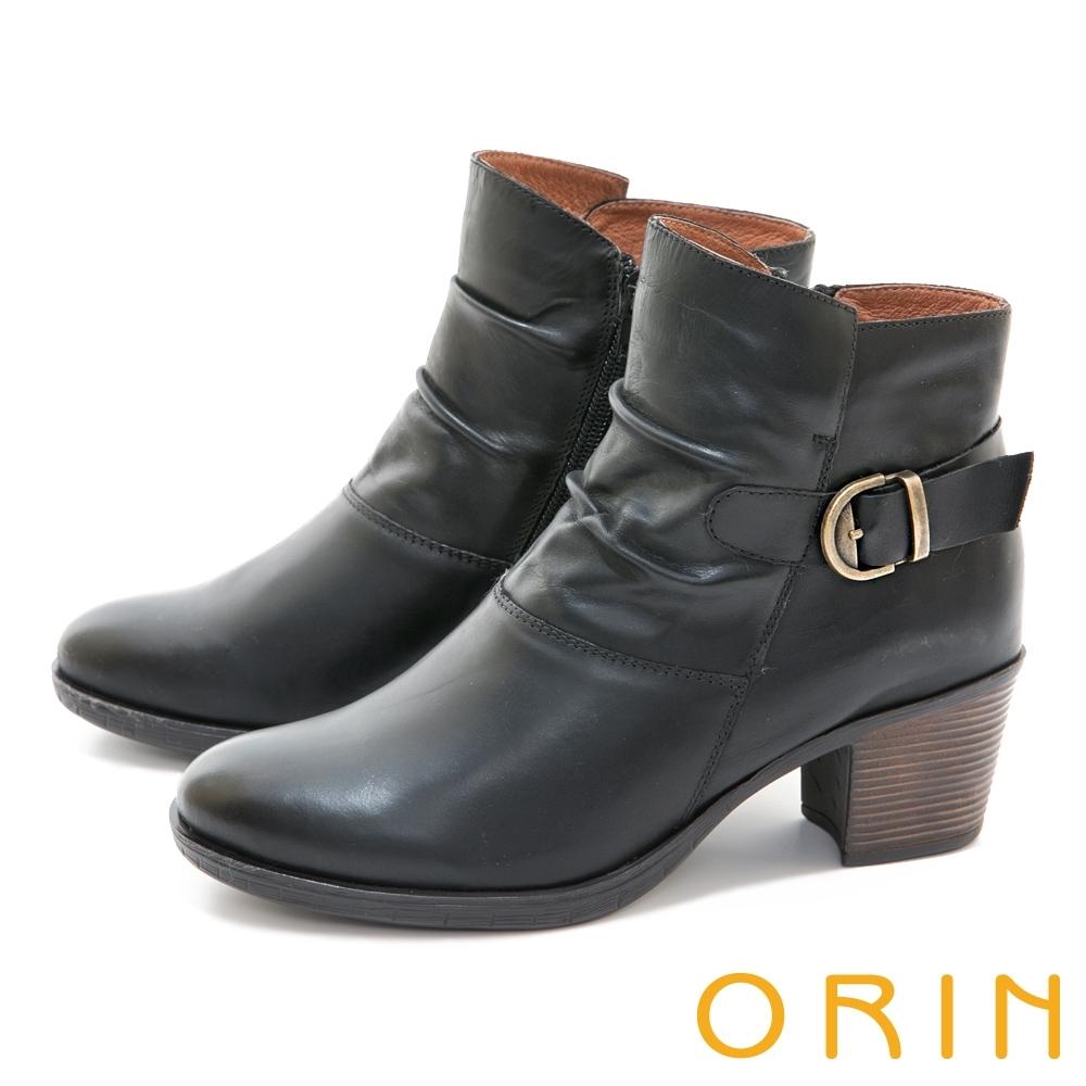 ORIN 率性皮帶釦環皺褶真皮粗跟 女 短靴 黑色