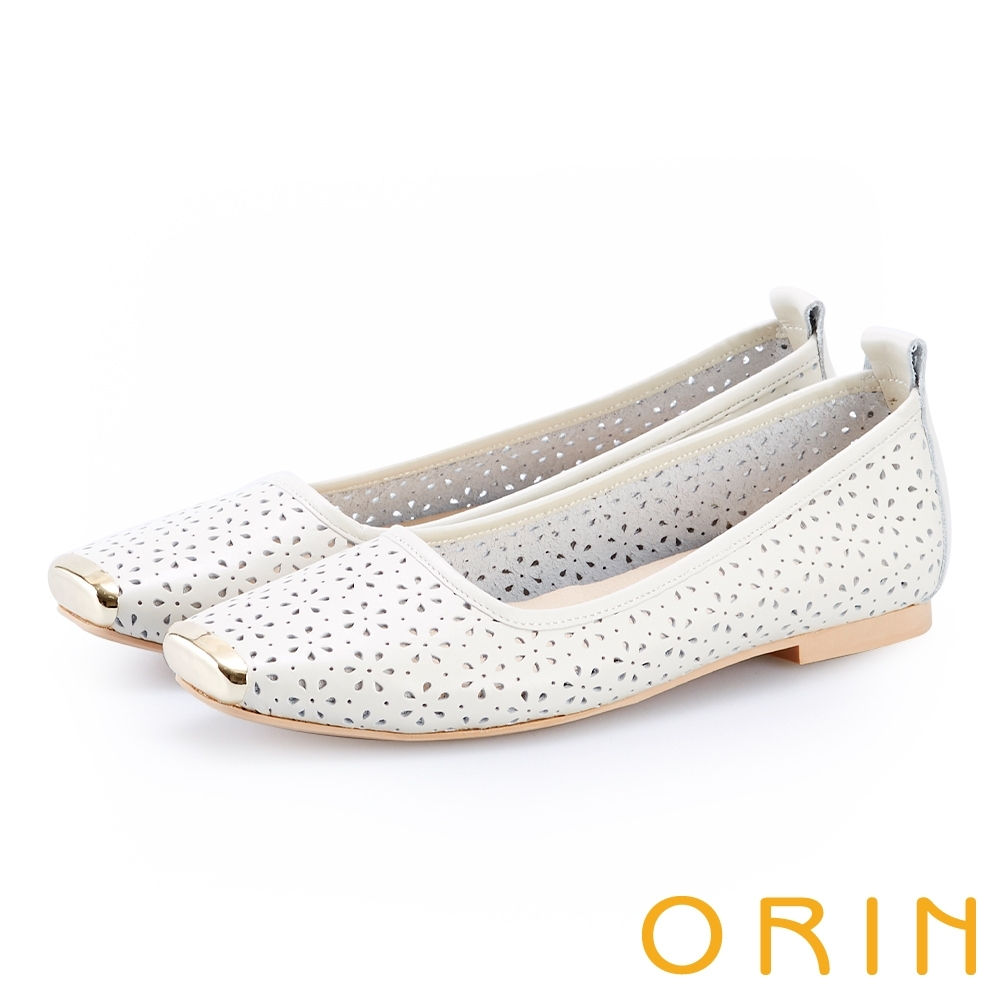 ORIN 金屬方頭花朵洞洞牛皮平底鞋 白色