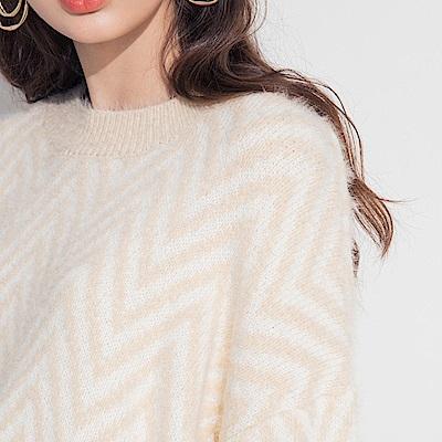 AIR SPACE LADY 寬鬆人字紋毛海針織毛衣(杏)