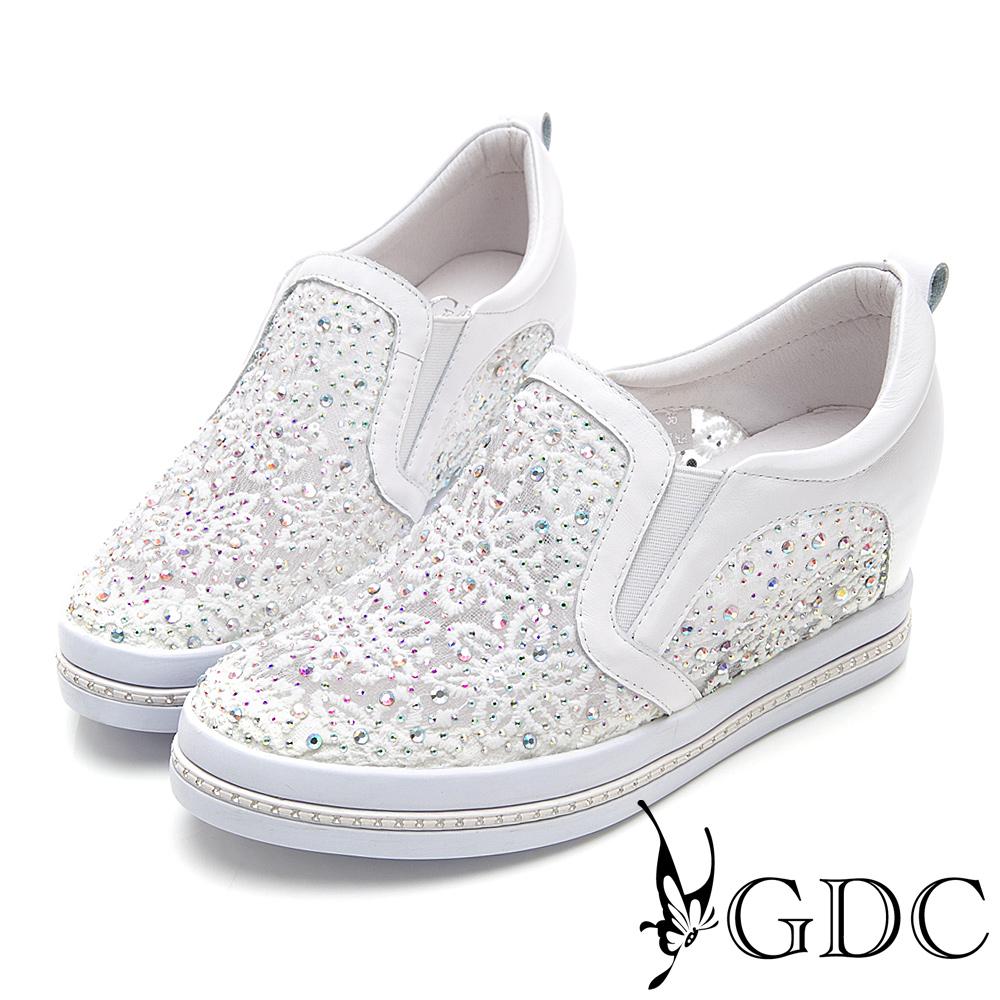 GDC-真皮簍空蕾絲舒適微厚底休閒鞋-白色