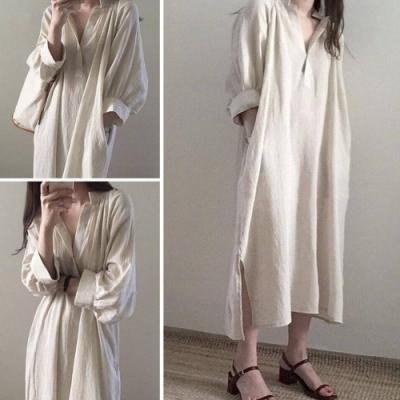 MOCO小立領大V字單顆釦超長款過膝棉麻側開叉長版洋裝