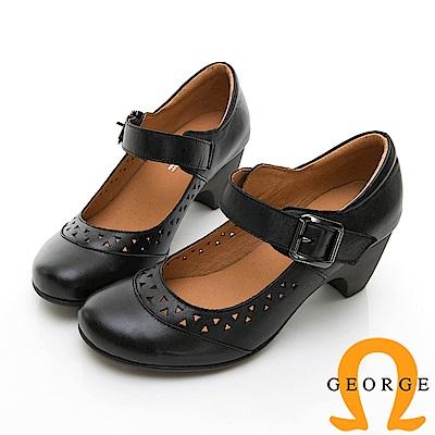 【GEORGE 喬治皮鞋】金屬環扣繫帶雕花瑪莉珍圓頭中跟鞋-黑色