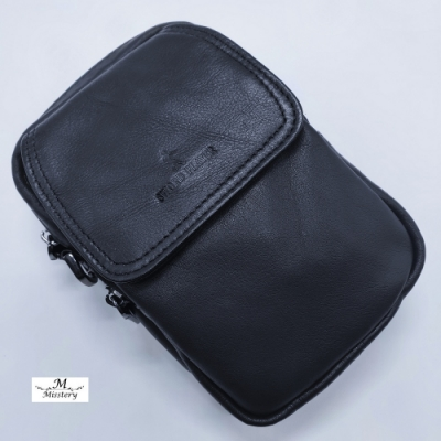 【Misstery】腰包進口牛皮男用手機直立腰包-黑