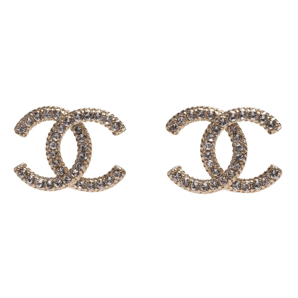 CHANEL 經典雙C LOGO水鑽鑲飾造型穿式耳環(金)