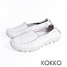 KOKKO -素面真皮輕量手工莫卡辛便鞋-清爽白