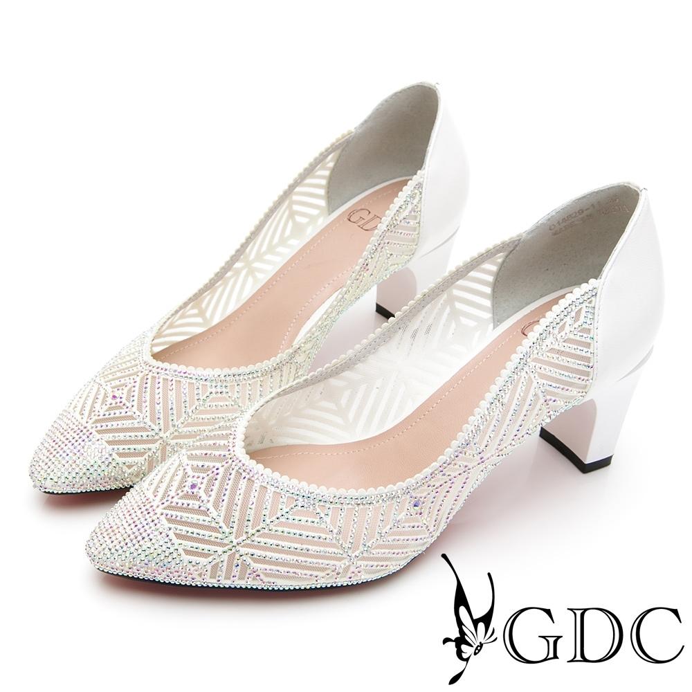 GDC-真皮細緻水鑽簍空宴會尖頭跟鞋-白色