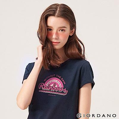 GIORDANO 女裝英文標語印花短袖T恤-02 標誌海軍藍