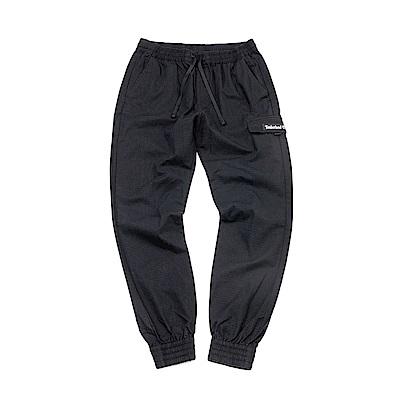 Timberland 男款黑色休閒褲 | A1NSE001