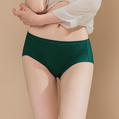 無痕透氣超健康竹炭包臀中腰M-XL內褲 軍綠禁果 可蘭霓Clany