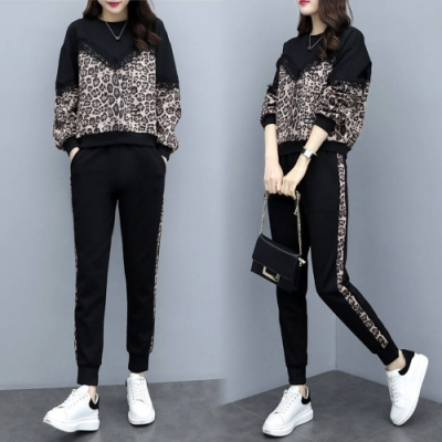 【韓國K.W.】(預購) 休閒蕾絲豹紋拼接套裝褲