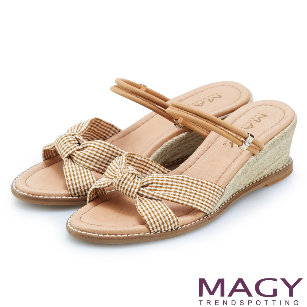 MAGY 異國風情 布面拼接牛皮兩穿麻編涼拖鞋-格紋棕