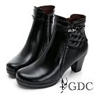 GDC-歐美時髦側扣飾菱格素色粗跟短靴-黑色
