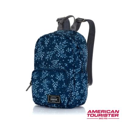AT美國旅行者 Burzter 極輕量迷你休閒後背包(藍印花)