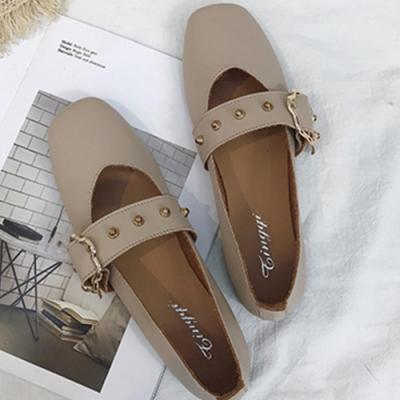 KEITH-WILL時尚鞋館 舞漾花蝶皮带扣淺口平底鞋 米白