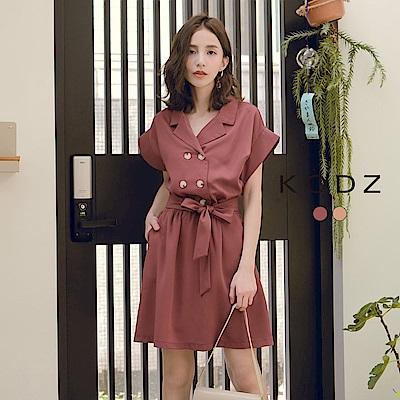 東京著衣-KODZ 簡約時尚翻領雙排釦綁帶洋裝-S.M.L(共兩色)