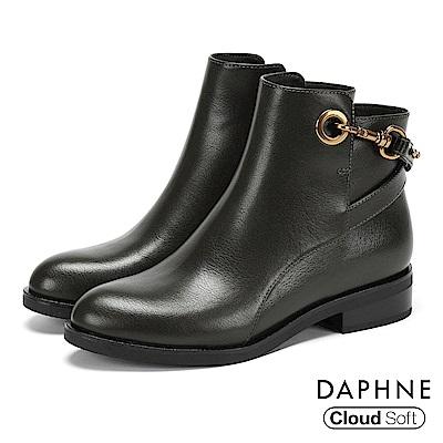 達芙妮DAPHNE 短靴-交叉金屬扣帶雲軟鞋墊低跟短靴-橄欖綠