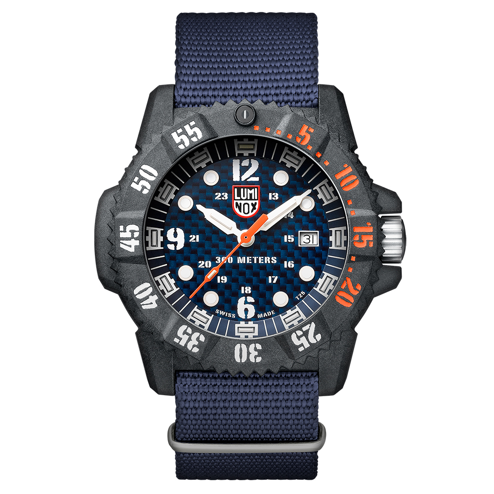 LUMINOX MASTER CARBON SEAL 3800 碳纖維海豹-海軍藍x橘時標