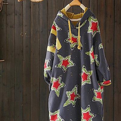 塗鴉五角星寬鬆撞色印花連帽加厚加絨衛衣裙-設計所在