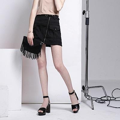附腰帶斜拉鍊造型口袋短裙.2色-OB嚴選