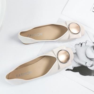 KEITH-WILL時尚鞋館 柔美愛戀金屬飾品平底鞋 米
