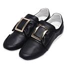 ROGER VIVIER 經典長方型金色金屬框小牛皮休閒鞋(黑_展示品)
