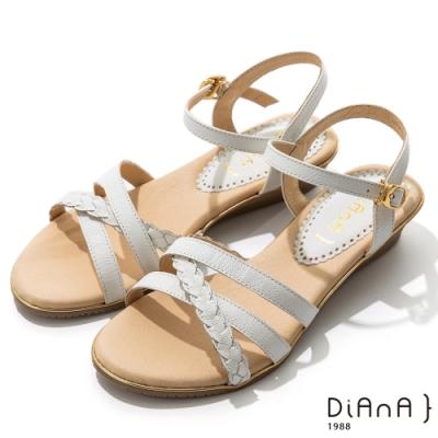 DIANA 3.5cm 質感牛皮編織線條交織楔型涼鞋-牛奶糖