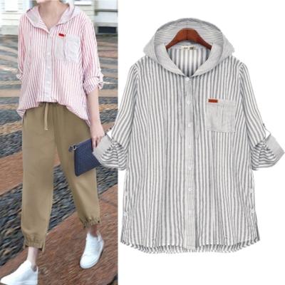 MOCO連帽抽繩單口袋條紋袖反釦提釦側排釦棉麻襯衫L~4XL