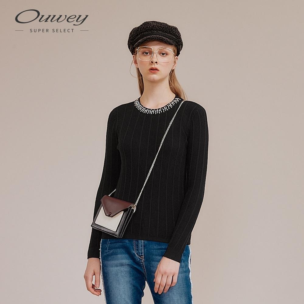 OUWEY歐薇 條紋抽條縫飾針織上衣(黑)