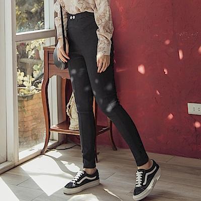 iMODA STAR-臧芮軒。高彈鬆緊雙排釦線條修飾美腿窄管褲(1色)
