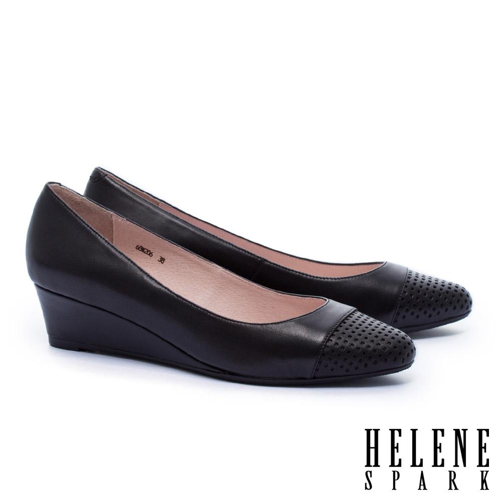 高跟鞋 HELENE SPARK 內斂典雅沖孔拼接羊皮楔型高跟鞋-黑 @ Y!購物