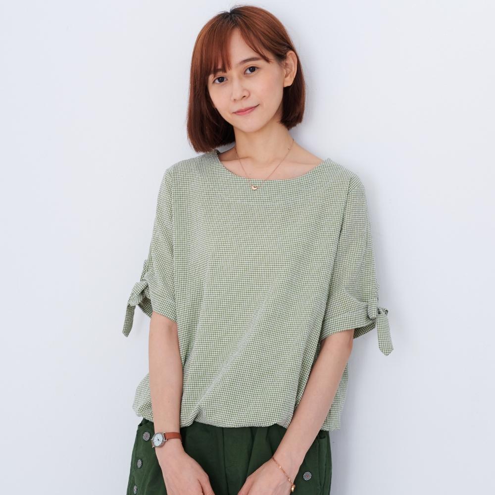 慢 生活 細格紋泡泡布打結袖薄款小衫- 杏/綠