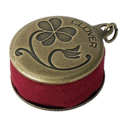 日本可樂牌Clover小巧復古董磨針器57-538(附金屬環可作鑰匙圈;表面古銅+絨布,將生鏽針磨利器)古典針磨尖器拼布工具