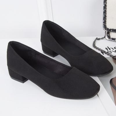 KEITH-WILL時尚鞋館 明星款時尚素面粗跟鞋-黑