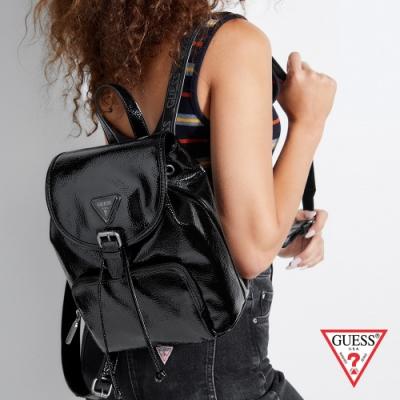 GUESS-女包-經典簡約漆皮後背包-黑