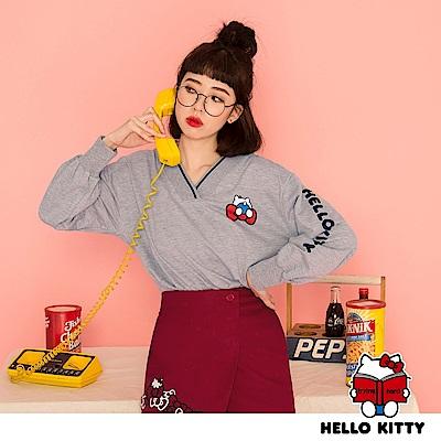 學院系列~KITTY印花V領造型設計長袖上衣-OB大尺碼