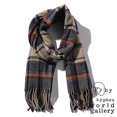 E hyphen 溫暖感格紋圍巾