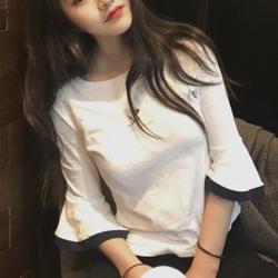 Lockers 木櫃 韓國刺繡七分喇叭T恤短袖上衣-2色