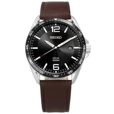 SEIKO 精工 環保太陽能日期礦石強化玻璃防水牛皮手錶-黑x棕/42mm